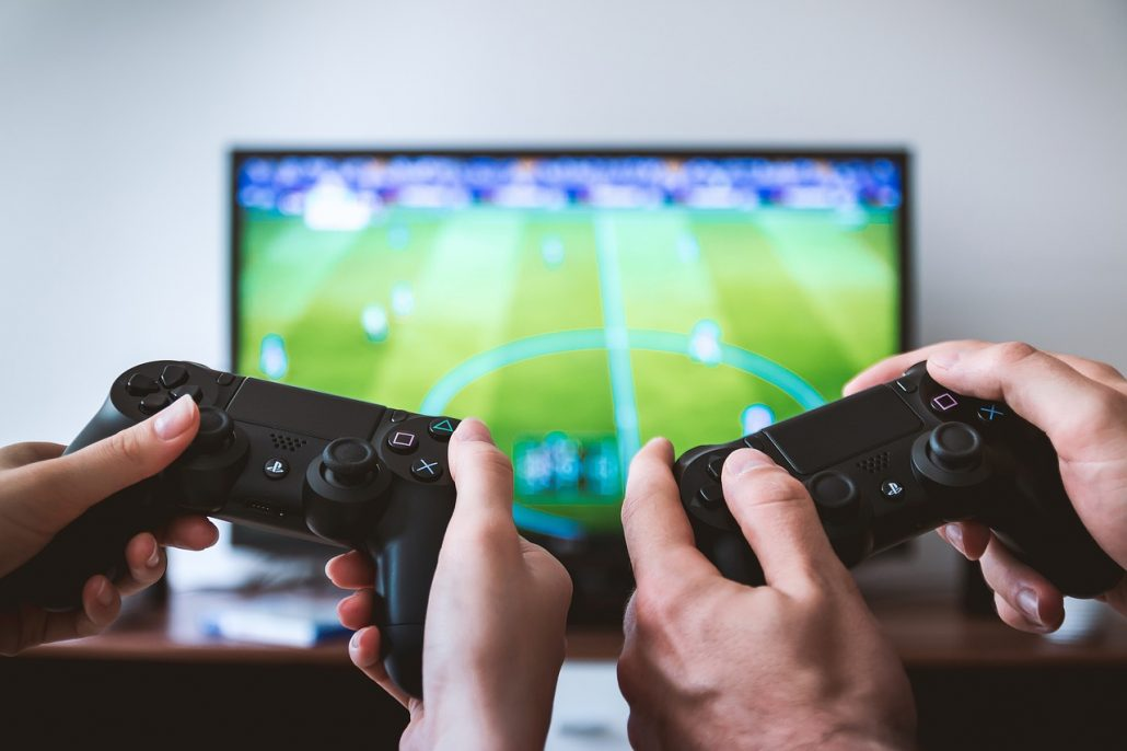 2 spieler mit konsole